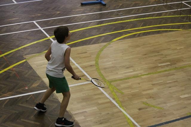 solsko_pr_v_badmintonu-6